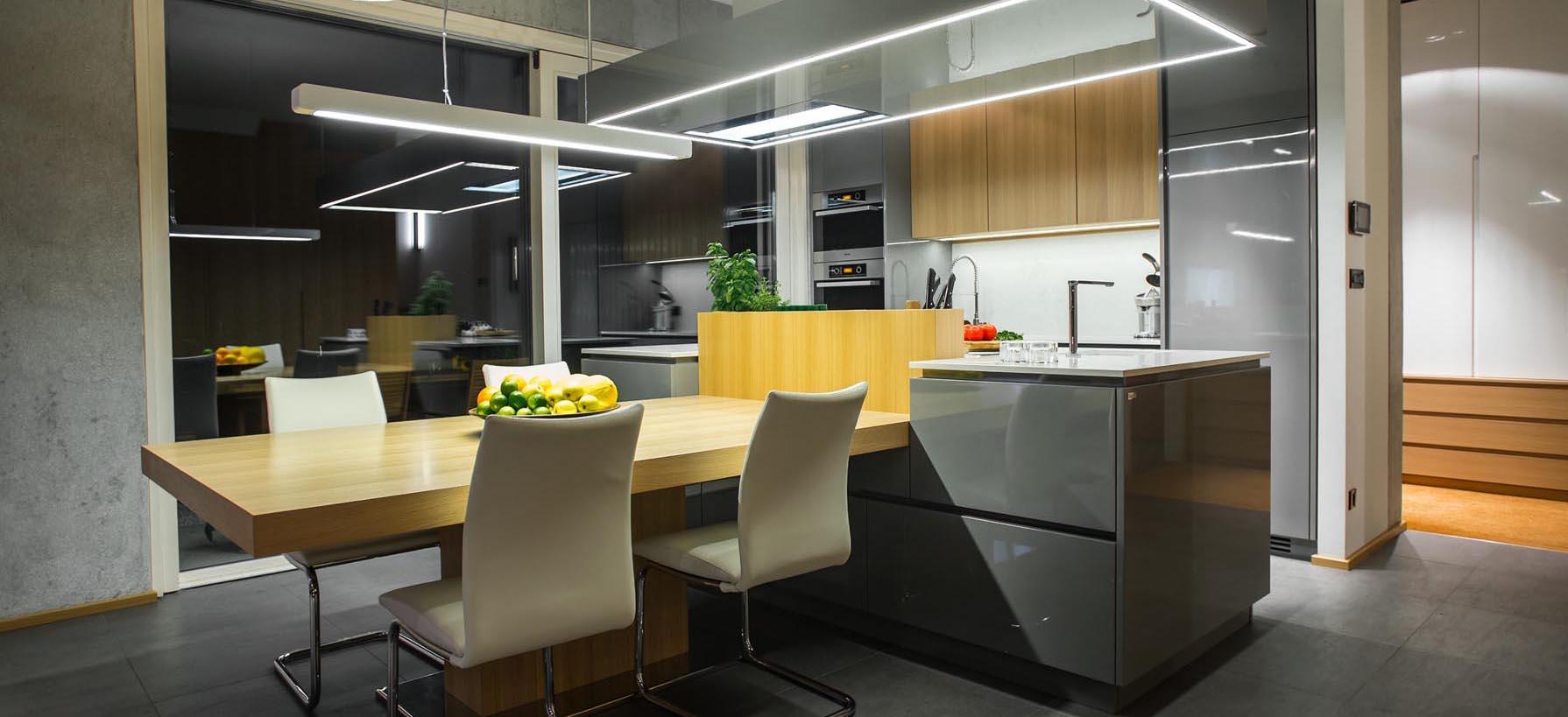 delovna plošča v kuhinji