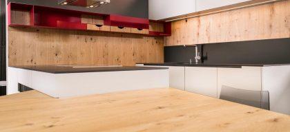 Kuhinja iz lesa